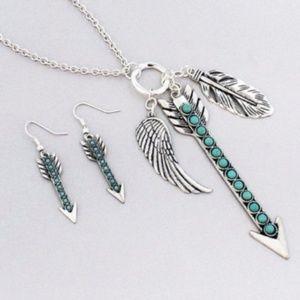 Silvertone Arrow Cluster Necklace & Earring Set